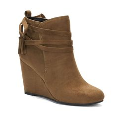 0f1f5236e3a madden NYC Vickie Women s Wedge Ankle Boots