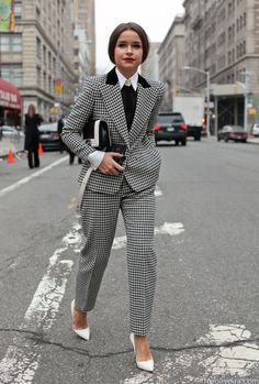 street style houndstooth suit