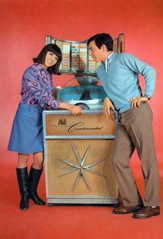 Jukebox Girlie - www.remix-numerisation.fr - Rendez vos souvenirs durables ! - Sauvegarde - Transfert - Copie - Restauration de bande magnétique Audio - MiniDisc - Cassette Audio et Cassette VHS - VHSC - SVHSC - Video8 - Hi8 - Digital8 - MiniDv - Laserdisc