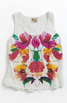 Little, pretty floral tank top.