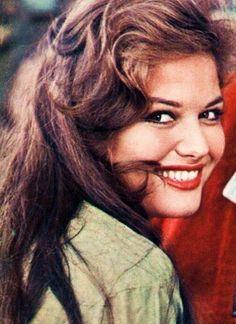 "claudiacardinalesmile: "" gatabella: "" Claudia Cardinale "" Another originale from Dina! Claudia Cardinale, Hollywood Stars, Classic Hollywood, Hippie Vintage, Divas, Non Plus Ultra, Olivia De Havilland, Italian Actress, Italian Beauty"