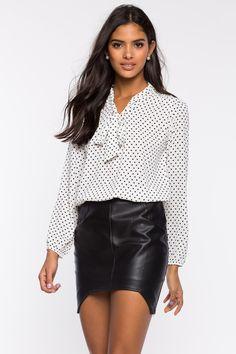 Блуза Размеры: S, M, L Цвет: белый, синий, фуксия/розовый с принтом Цена: 1489 руб.     #одежда #женщинам #блузы #коопт