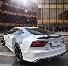 The new RS7 and it's beautiful lines. Car: 2016 @Audi RS7 Sportback (560hp V8 4.0 TwinTurbo) Color: Ibiz white metallic Performance: 0-100kmh 3.58sec (measured) 39 sec (official) Location: Malmö Sweden Facebook: http://ift.tt/1sUXuHP Camera: Canon Eos 5D Mark II / 24-70mm Thanks to: Audi Malmo Remember ALL my photos are available on my popular Facebook page where you can download them in their high quality. They are always posted a few hours after Instagram also with a download link for…