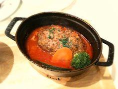 Staub料理 クレオンの煮込みハンバーグトマトソース by satomi at 2011-11-11