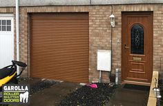 With a single garage roller door you can transform your home's appearance. Click below to see all of our automatic roller garage doors & find out more about our garage door service. Single Garage Door, Garage Door Paint, Garage Door Decor, Garage Door Makeover, Garage Door Design, Garage Walls, Garage Doors, Roller Doors, Roller Shutters
