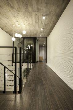 Galería de Casa 7x18 / AHL architects associates - 38