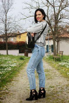 Black Star Style: Un outfit anni '90: jeans a vita alta (anzi altissima) e zainetto!