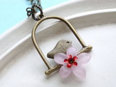 Birds and flowers are an excellent combination in a necklace.