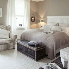 Neutral taupe and white bedroom