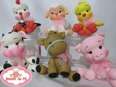 Lembranças Fimo Polymer Clay, Polymer Clay Figures, Polymer Clay Animals, Polymer Clay Miniatures, Pig Crafts, Clay Crafts, Diy And Crafts, Paper Crafts, Fondant Toppers