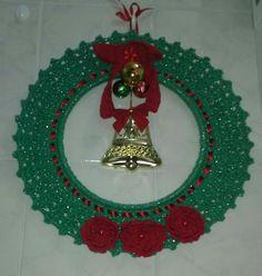 Guirlanda de Natal, em crochê, feita por mim.
