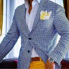 Unique colours and patterns 🌏 Sharp Dressed Man, Well Dressed Men, Smart Casual Men, Stylish Suit, Gentleman Style, Mens Clothing Styles, Sport Coat, Mens Suits, Dapper Suits