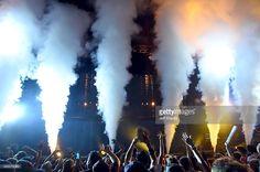 News Photo : Avicii performs at Verizon Wireless Amphitheater...