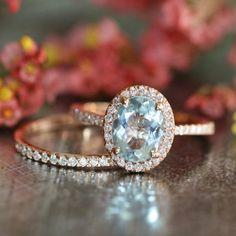Conjunto de anillos LaMoreDesign de aguamarina y diamante $1,483+ | 45 Anillos de compromiso inspirados en las princesas de Disney