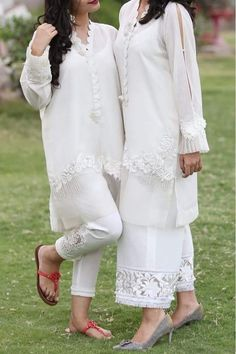 For Price & Queries Please DM us or you can Message/WhatsApp 📲 We provide Worldwide shipping🌍 ✅Inbox to place order📩 ✅stitching available🧣👗🧥 &shipping worldwide. 📦Dm to place order 📥📩stitching available SHIPPING WORLDWIDE 📦🌏🛫👗💃🏻😍 . Pakistani Fashion Casual, Pakistani Wedding Outfits, Pakistani Dresses Casual, Pakistani Dress Design, Indian Fashion, Stylish Dress Designs, Stylish Dresses, Women's Fashion Dresses, Salwar Designs