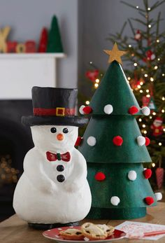 How to Make a Paper Mache Christmas Tree #christmastree #papermache