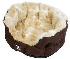 Luxurious Peluchi Faux Giraffe Fur Dog Bed http://www.petfavors.com/images/mp-faux-giraffe-dog-bed-ma.jpg