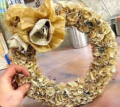 book pages wreath - tutorial