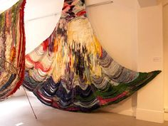 近大染織連者展での酒井沙織さんの作品。