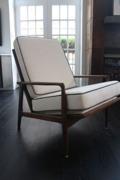 Perfect $1,400 Vtg Mid Century Modern Walnut Danish Lounge Chair With/Cushions IB  Kofod