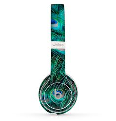 Add style to your Beats by Dre Solo 2 Wireless Headphones without bulk! With Design Skinz, you can change the look of your favorite device in seconds, literally. Made from a premium vinyl, these skinz Cute Headphones, Wireless Headphones, Beats Headphones, Over Ear Headphones, Mangekyou Sharingan, Beats By Dre, Peacock, Neon, Beets