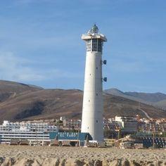 Der Leuchtturm vom Wasser aus #Jandia  http://www.jandia-fuerteventura.de/
