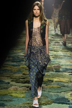 Dries Van Noten Spring 2015 Ready-to-Wear - Collection - Gallery - Look 19 - Style.com Vasarely jacquard