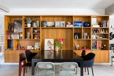 Apartment João by RSRG Arquitetos http://interior-design-news.com/2016/04/02/apartment-joao-by-rsrg-arquitetos/