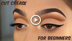 #EyelinerWaterline Cut Crease Eyeshadow, Cut Crease Makeup, No Eyeliner Makeup, Silver Eyeshadow, Eyeliner Brands, Eyeshadow Palette, Eyeliner Waterline, Green Eyeshadow, Simple Everyday Makeup