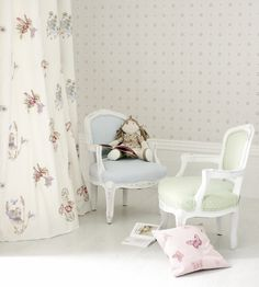 How To Style | Girls Rooms | Flutterby Fabric by Jane Churchill | Jane Clayton