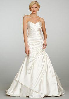 Jim Hjelm 8305 Wedding Dress photo
