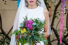 Boho bride - bright and colourful indie wedding