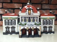 Dept. 56 Dickens' Village Victoria Station Dept 56 Dickens Village, Department 56, Christmas Villages, Model Building, Buildings, Hobbies, Victoria, Holiday Decor
