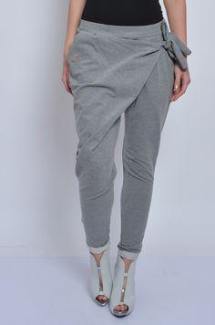 Spodnie dresowe z zakładką i wiązaniem grafit