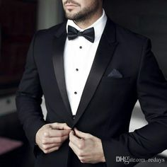 Lessons Learned from Body Language is part of Black tuxedo wedding - We discuss confidence and What We Can Learn from James Bond's Body Language as agent 007 Black Tuxedo Wedding, Black Tie Tuxedo, Classic Tuxedo, Tuxedo For Men, Mens Black Wedding Suits, Wedding Suits For Groom, Tuxedo Man, Groom Suits, Black Suit Groom