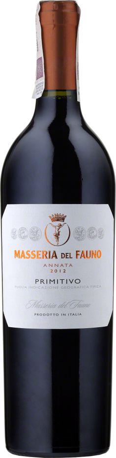 Masseria Del Fauno Primitivo Puglia  Masseria Del Fauno jest wytwarzana głównie z odmiany winogron Primitivo. Wino ma piękny, głęboki rubinowy kolor oraz intensywny bukiet z dzikich jagód i wiśni z subtelnymi nutami przypraw. W smaku soczyste, aksamitne o długim finiszu. Wyjątkowość tego wina potwierdzają zdobyte 87 punktów od Wine Enthusiast w 2010 roku. #MasseriaDelFauno #Primitivo #Puglia #Wlochy #Wino #Winezja