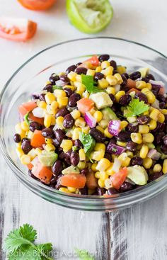 Fiesta Corn & Avocado Salsa Completely addicting corn salsa packed with avocado, black beans, cilantro, and plenty of flavor! There are NEVER any leftovers. Black Bean Salsa, Black Beans, Healthy Snacks, Healthy Eating, Healthy Recipes, Free Recipes, Salsa Guacamole, Avocado Corn Salsa, Barbecue