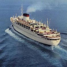 MS Giulio Cesare was a luxurious ocean liner built for the Italian Line. Sea Crafts, Water Crafts, Andrea Doria, Best Cruise Ships, Abandoned Ships, Merchant Navy, Marine Boat, Model Ships, Vintage Travel