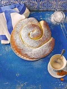 Ensaimadas, ein gutes Rezept aus der Kategorie Brot und Brötchen. Bewertungen: 9. Durchschnitt: Ø 4,3.