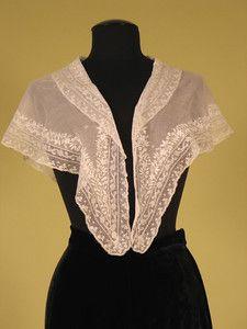 Embroidered White Pelerine, 1830s - Lot 126 $402.50
