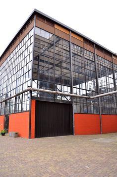 Het prachtig gerenoveerde gebouw waar de uitvoering plaats vond.