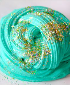 No Glue Glitter Gold Slime – Savvy Naturalista triy out these awesome slime pins and let me know how it went! The post No Glue Glitter Gold Slime – Savvy Naturalista appeared first on DIY Crafts. Le Slime, Slimy Slime, Slime No Borax, Dish Soap Slime, Slime Swirl, Slime Pictures, Diy Unicorn, Types Of Slime, Pretty Slime