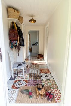 I like this funny floor made with different tiles. Using left over random pieces from friends and family. fun for a mudroom, laundry or even a quirky bathroom. - Home Decorating Magazines Quirky Bathroom, Bathroom Laundry, Decoration Entree, Home And Deco, My Dream Home, Interior Inspiration, Living Spaces, Sweet Home, New Homes