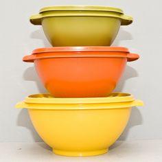 Vintage 1980s Tupperware Servalier Harvest Bowls set of 3 with lids. $20.00, via Etsy.