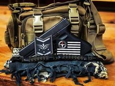➡️Quick shot of the old pistola, @superessestraps survival bracelet and front MOLLE pouch from our new Flight 72 tactical pack. ➡️Need help building the arsenal.  Got the Glock and Mossberg shotgun.  What should we get next?  #edc #pewpew #pewpewlife #2ndamendment #guns #protectyourself #prepper #preppers #bugout #shtf #everydaycarry #everydaytactical #tactical #survivalskills #prepping #tacticalcarry #survivalgear #gunsandknives #2A #donttreadonme #glock #glock17 #glockporn #molonlabe