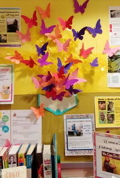 Beautiful Butterfly Bulletin Board at the Canterbury Public Library. Wunderschönes Butterfly Bulletin Board in der Canterbury Public Library.Teach Your Child to Read - Beautiful Butterfly Bulletin Board at the Canterbury Public Library. - Give Your Child Butterfly Bulletin Board, Spring Bulletin Boards, Library Bulletin Boards, Bulletin Board Display, School Library Displays, Classroom Displays, Classroom Themes, School Libraries, Butterfly Books