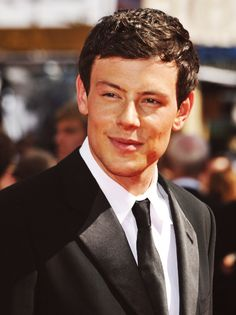 he's so handsome! Cory Monteith