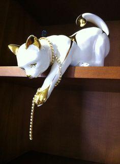 Pisica cu cristale swarovsky