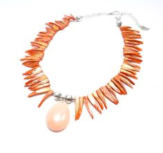 Orange Statement Necklace, Orange Shell Necklace, Peach Pendant, Orange Beaded Necklace, Bold Jewelry, Chunky Gemstone Jewellery by BigSkiesJewellery on Etsy, $38 #bigskiesjewellery #bigskiesjewelry