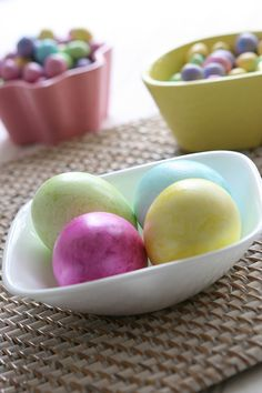 Fun and Easy Egg Crafts from @Alison Hobbs Lewis on the Family Economics blog from SC Johnson. Photo courtesy of Alison Lewis. #easter